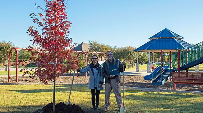 Mayor Stout participates in Arbor Day tree planting at Stacy Ridge Park